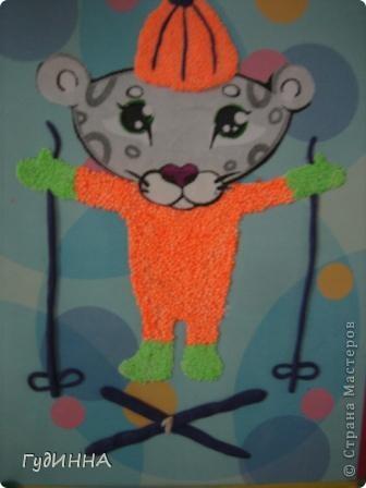 Детёныш снежного барса талисман седьмых спортивных Зимних Азиатских игр 2011 года.   Этот царственный зверь во многих культурных традициях разных стран мира символизирует силу и независимость.   фото 4