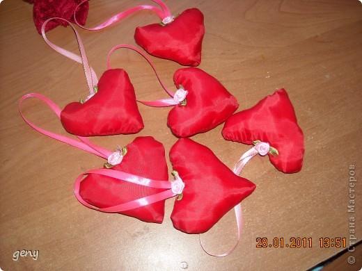 Сердечки-валентинки.