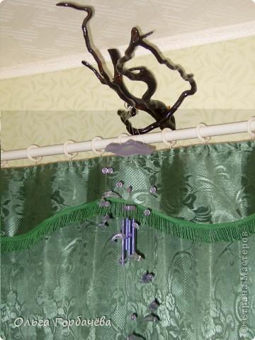 Можно повесить подвеску феншуй из музыкальных колокольчиков над дверью фото 3