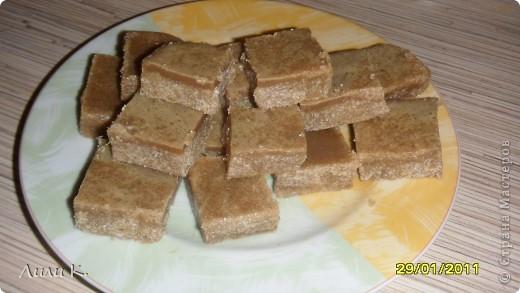 Набор пироженных апельсиново-шоколадное, медово-бисквитное, клубнично-шоколадный бисквит, шоколадный с вареной сгущенкой кекс, коричная печенька, печенька шоколадно-клубничная. фото 3