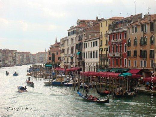 Мы едем в Венецию. Это была моя мечта ,я думала,что несбыточная... На этом катере  домчались туда за 20 минут и 7,5 евро... фото 9