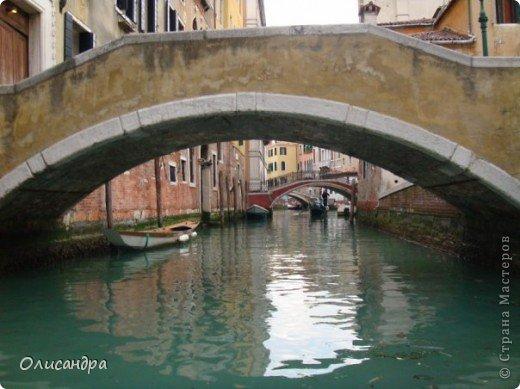 Мы едем в Венецию. Это была моя мечта ,я думала,что несбыточная... На этом катере  домчались туда за 20 минут и 7,5 евро... фото 15