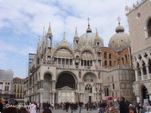Мы едем в Венецию. Это была моя мечта ,я думала,что несбыточная... На этом катере  домчались туда за 20 минут и 7,5 евро... фото 7