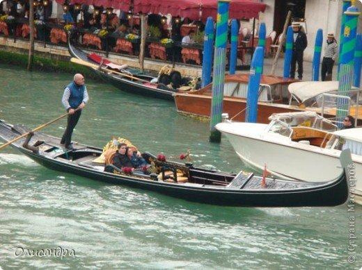 Мы едем в Венецию. Это была моя мечта ,я думала,что несбыточная... На этом катере  домчались туда за 20 минут и 7,5 евро... фото 12