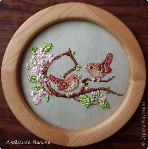 """""""В цветнике"""". Вышивки выполнены дочерью. Мишки и птички вышиты гладью. фото 3"""