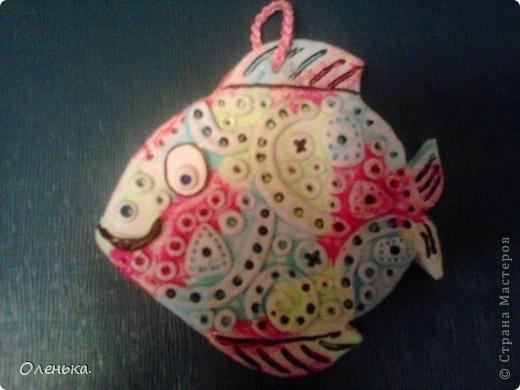 Уже так много рыбок живет в стране Мастеров! И все они замечательные. Решила тоже попробывать сделать похожих и украсить детскую моего сына.  Как же их интересно делать! фото 3