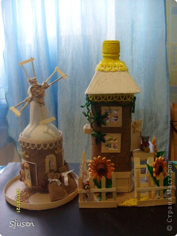 Так понравилось делать мельницу из бутылки http://stranamasterov.ru/node/141437  , что решила смоделировать еще и домик.  Вот какой особняк у меня получился))  фото 5