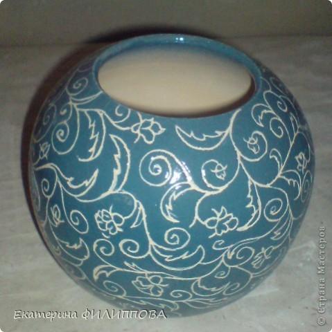Кружевная вазочка.синий ангоб+прозрачная глазурь(один обжиг) фото 1