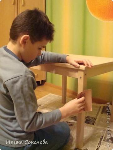 Декупаж детского столика фото 3