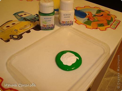 Декупаж детского столика фото 12