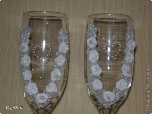 """У брата мужа скоро свадьба, вот и взялась я за подготовку. Бутылку и свечи сделала еще до Нового года, а вот бокалы """"ушли"""" другой паре фото 3"""