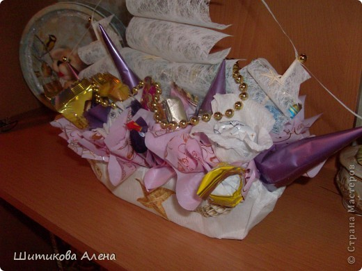 Вот и мой корабль  из конфет!! фото 3