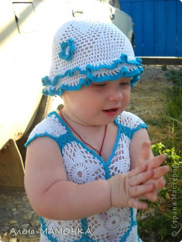 Этот комплект ,я вязала летом.Дочька с большим удовольствием носила его.  фото 1