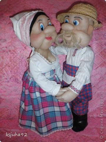 """Ось під хороший настрій в мене з""""явилися такі собі Семен і Одарочка. Дід в уяві малювався молодим козаком, але вийшов трохи старшим, а бабуля вийшла """"...ягодка опять..."""". фото 3"""