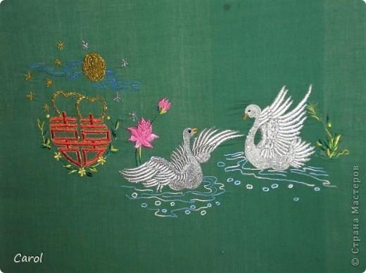 Лебеди - символ счастья, верности супругу. фото 1