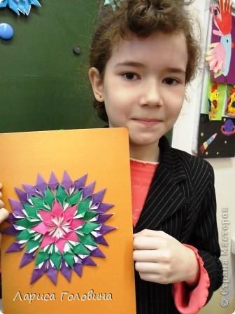 На уроке делали мозаику оригами. Это часть работ. фото 8