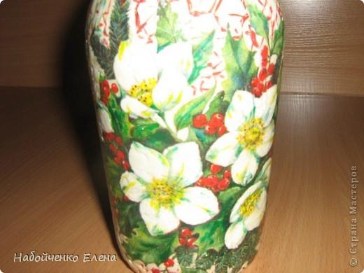Очень красивая осталась бутылочка, я решила её украсить, долго думала как и нашла в этом месте  http://stranamasterov.ru/node/7779?c=favorite фото 3