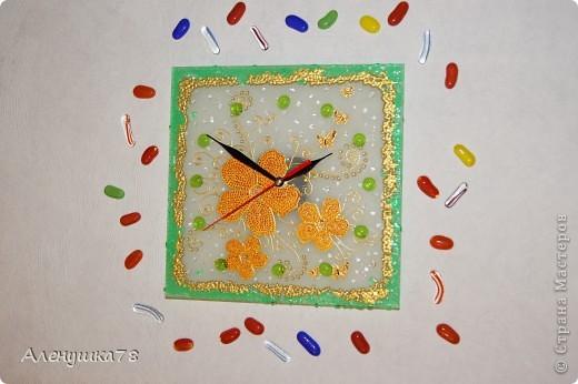 """Часы """"Цветочная фантазия"""" фото 1"""