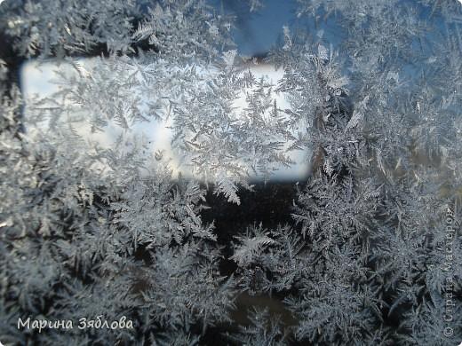 Морозные рисунки на стекле фото 11