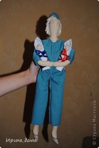 К праздникам шила и дарила кукол, вам судить как получились, но одариваемые остались довольны :)    На Новый год малышам-погодкам (девочке и мальчику) подарила зайчишек. фото 9