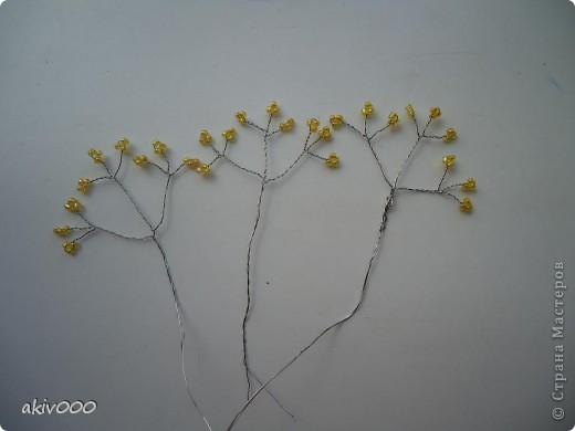 Вот такие розочки у меня получились по этому МК http://www.liveinternet.ru/users/3557225/post122684900/ . Я решила сделать свой мини-МК. фото 7