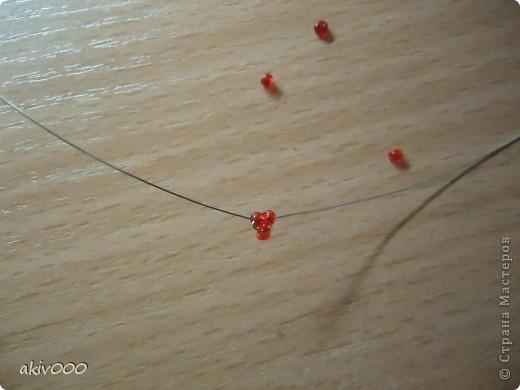 Вот такие розочки у меня получились по этому МК http://www.liveinternet.ru/users/3557225/post122684900/ . Я решила сделать свой мини-МК. фото 2