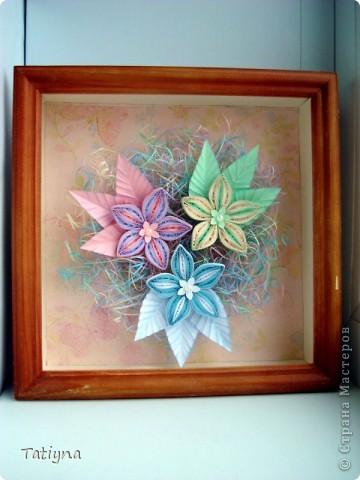 На этот раз решила сделать вот такую мини картину с разноцветными цветочками, работа еще в рамку не оформлена, хочу спросить у вас советы может что-то изменить, дополнить, может листья другой формы или цвета, вообщем приму ваши рекомендации фото 2