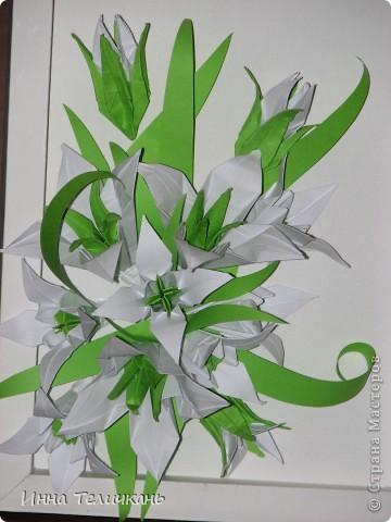 Цветы такие как и на кусудаму лилии. фото 2