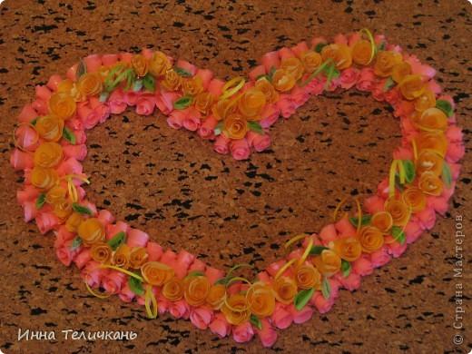 Сердечко из роз фото 1