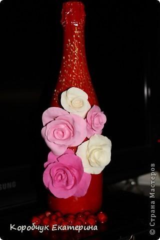 Розы на красном! фото 1