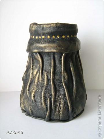 Когда-то эту вазочку мне подарил папа. Он ее привез из города Пермь.  фото 3