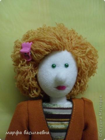 Кукла которую хочу показать не новая.Но как-то жолко,что она оказалась в тени. фото 6