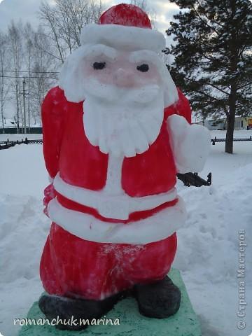 Вот такой снежный городок сделали воспитанники нашего детского дома совместно с воспитателями. фото 3