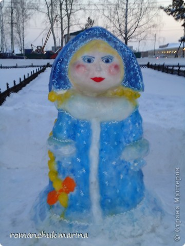 Вот такой снежный городок сделали воспитанники нашего детского дома совместно с воспитателями. фото 4