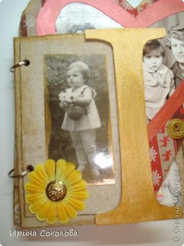 Вот такой мини-альбомчик я сделала для своей старшей сестрички.  фото 7