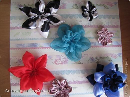 цветок состоящий из трёх цветков-заготовок фото 3