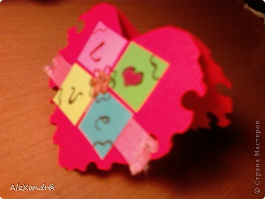 Вот такая открыточка.... Материал: цветной картон двухсторонний, лента, стразы. фото 2