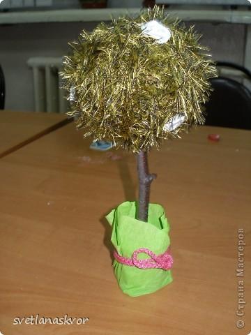 фантазийное дерево, выполнил Моругов Игнат 1 класс фото 3