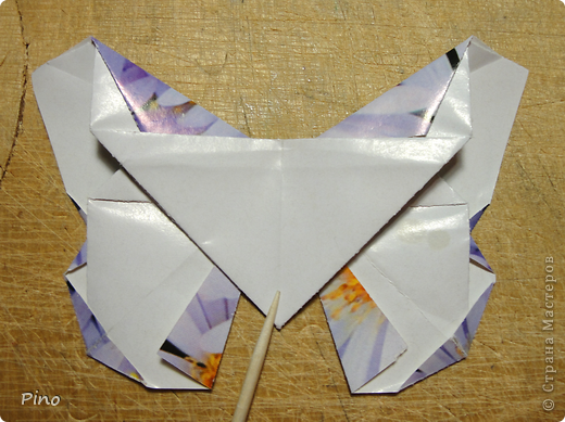 Эта бабочка из книги - Origami Butterflies - Michael G. LaFosse фото 41