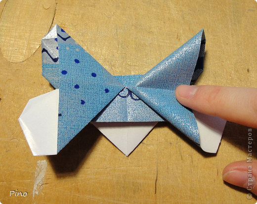 Эта бабочка из книги - Origami Butterflies - Michael G. LaFosse фото 17