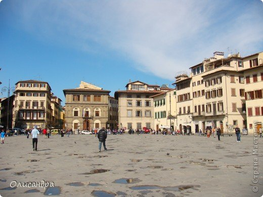 Италия встретила нас колоритным пейзажем...из теплиц и парников... фото 5