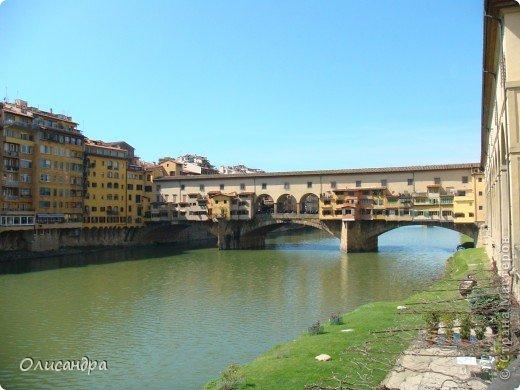 Италия встретила нас колоритным пейзажем...из теплиц и парников... фото 11