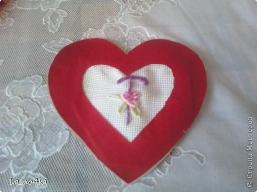 Сердечки выполнены в разных техниках (повторюшки) фото 4