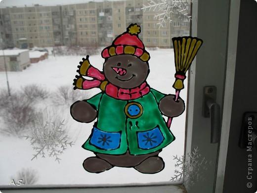 Снеговик на окне фото 1