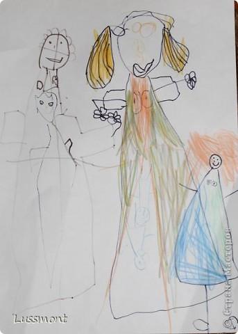 Автор этих рисунков моя дочь Катя. Ей сейчас 5,5 лет.  фото 2