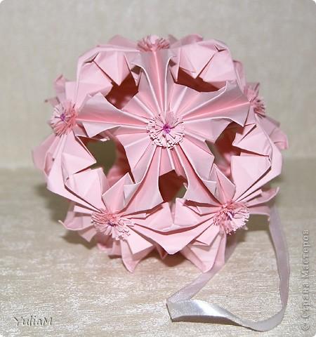 Говорят, что розовый цвет - это цвет радости, надежды, влюбленности, умиротворенности. Он несет в себе положительные эмоции и позитивный настрой. И еще это - женский цвет А черный... для меня это цвет - таинственность, цвет-загадка, цвет-магия... Чем не еще один женский цвет?! фото 3