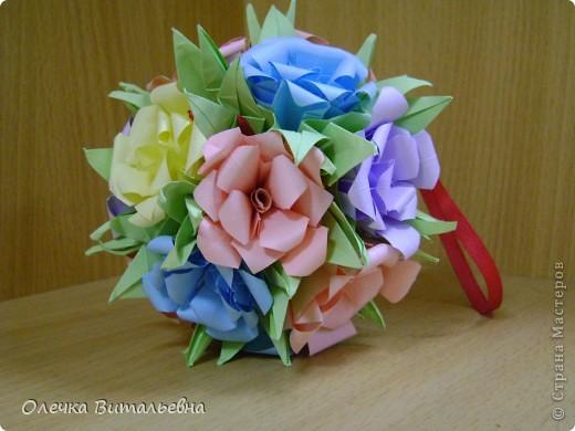 Ко мне на занятия кружка оригами ходят дети 2-6 классов. Земфира учится во 3 классе. Кусудамы начали делать вместе с мамой.  Вот первый результат. фото 6