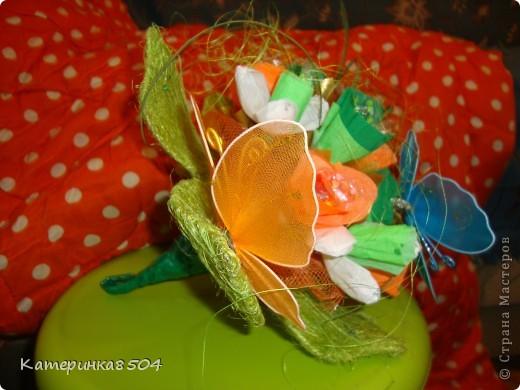 Сделала ручной букетик с конфетками, для девочки! фото 2