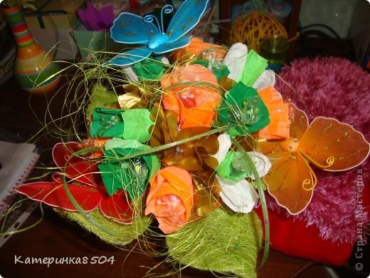 Сделала ручной букетик с конфетками, для девочки! фото 3