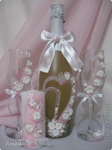 Набор, как и предыдущий, только в розовом цвете и с прозрачной, вернее, матовой бутылочкой. фото 1